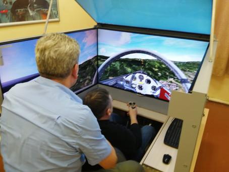 Аэроклассу в Масловке предоставлен усовершенствованный планерный тренажёр с 4мя экранами