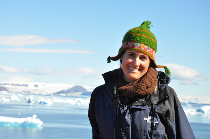 The Call of the Antarctic Dinosaur with Julia Clarke