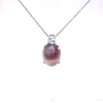 Agate and cubic zirconium necklace
