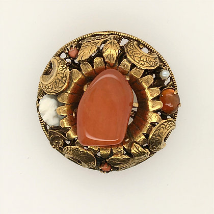 Gemstone pin