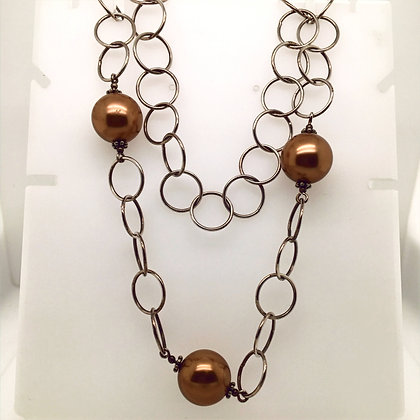 Brown bead necklace