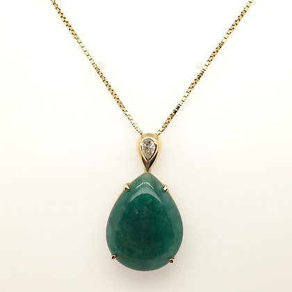 Aventurine and diamond necklace