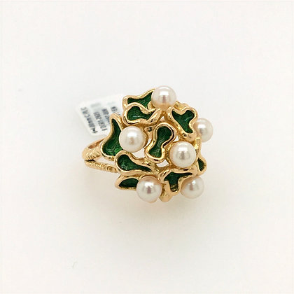 Pearl and green enamel ring