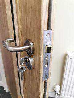Sutton Locksmith Service Locksmith in Sutton Surrey Office Door Lock