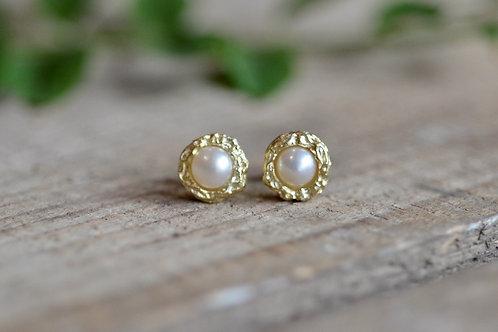 Ohrstecker gehämmert mit Perlen