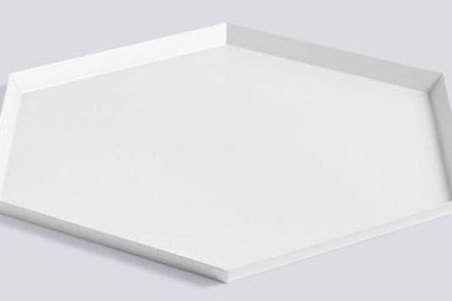 Bandeja hexagonal blanca de acero lacado 45 x 39 cm.