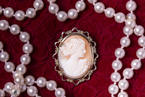 Heirloom photo - cameo jewelry photo