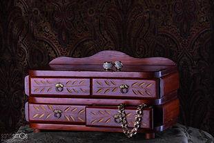 Keepsake heirloom photo - antique jewelry box