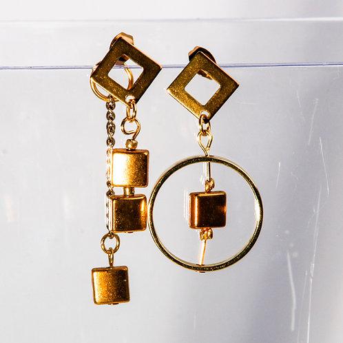 Geometric Earrings - asymmetric