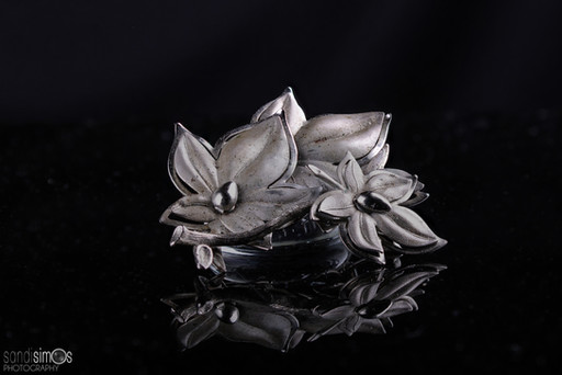 Heirloom photo - silver jewelry broach/pin