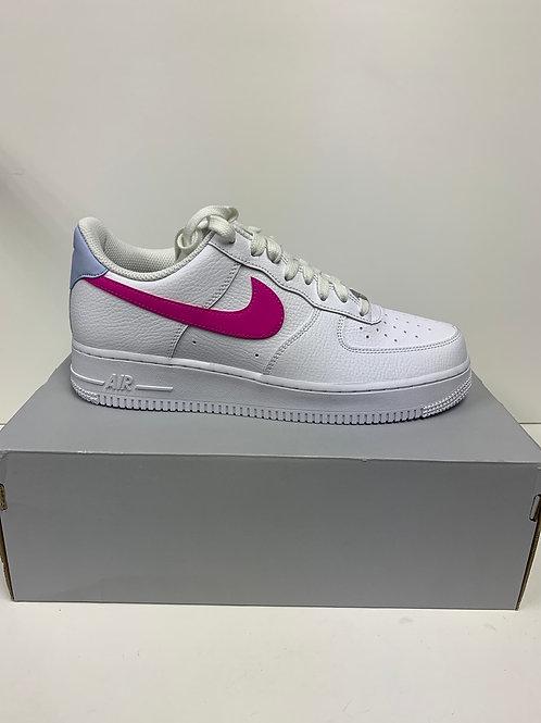 Nike • WMNS