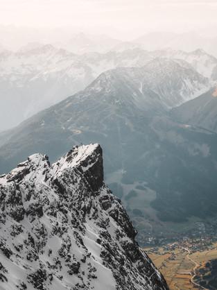 zugspitze valley-1.jpg