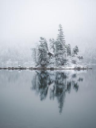 eibsee frozen island-1.jpg