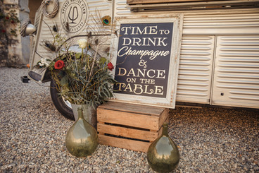 ecofriendly- truck-inspiration-wedding-f