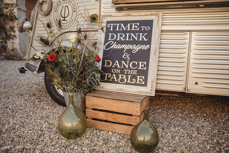 ecofriendly- truck-inspiration-wedding-f