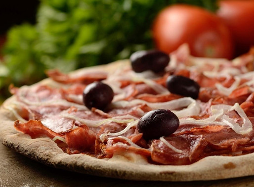 Venda de pizzas semi-prontas