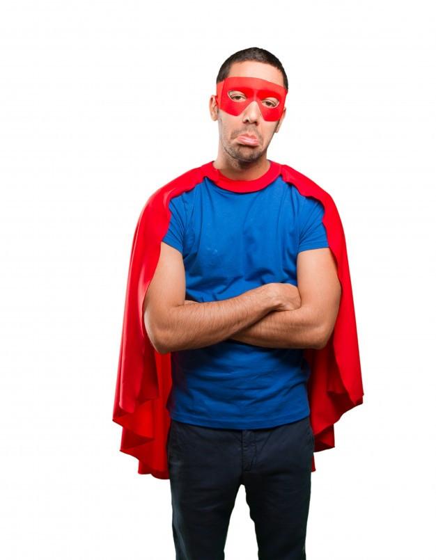 Un súper heroe puede ser vulnerable.