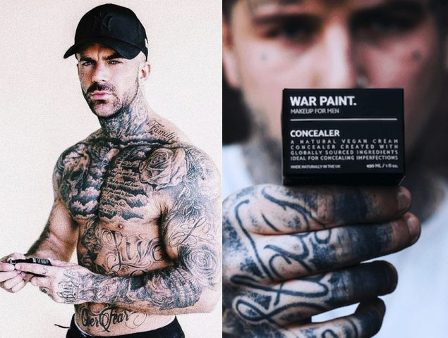 envoltorio del maquillaje War Paint y dos hombres con barba, y tatuajes negros