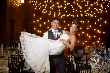 Barns at Wesleyan Hills wedding