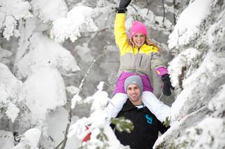 Skiing engagement photos