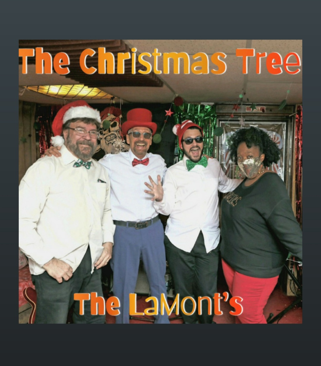 LaMonts-ChristmasTree