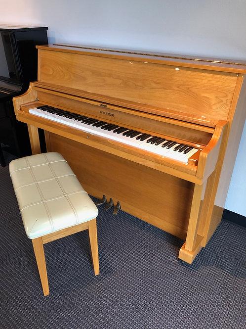 Hyundai Studio Piano