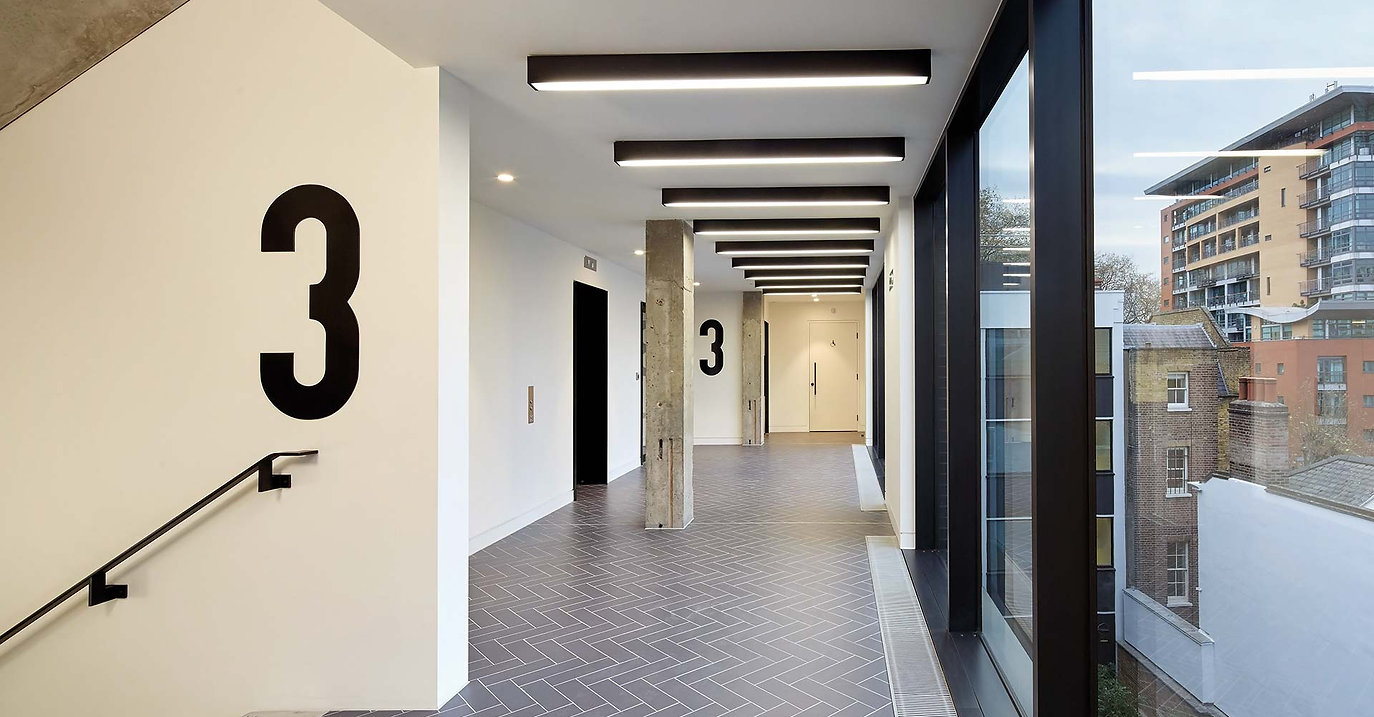 Commercial painting and decorating in London _ Direct Painters