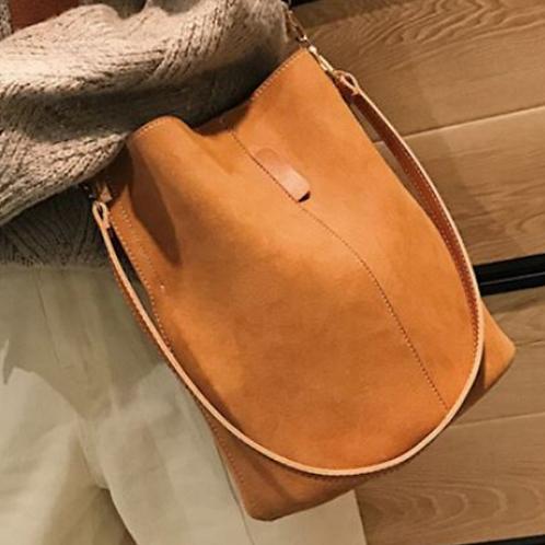 Blake Shoulder Bag -Brown