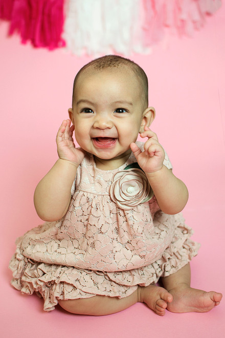 LILIA IS 6 MONTHS OLD!  SACRAMENTO FAMILY AND CHILDREN PHOTOGRAPHER