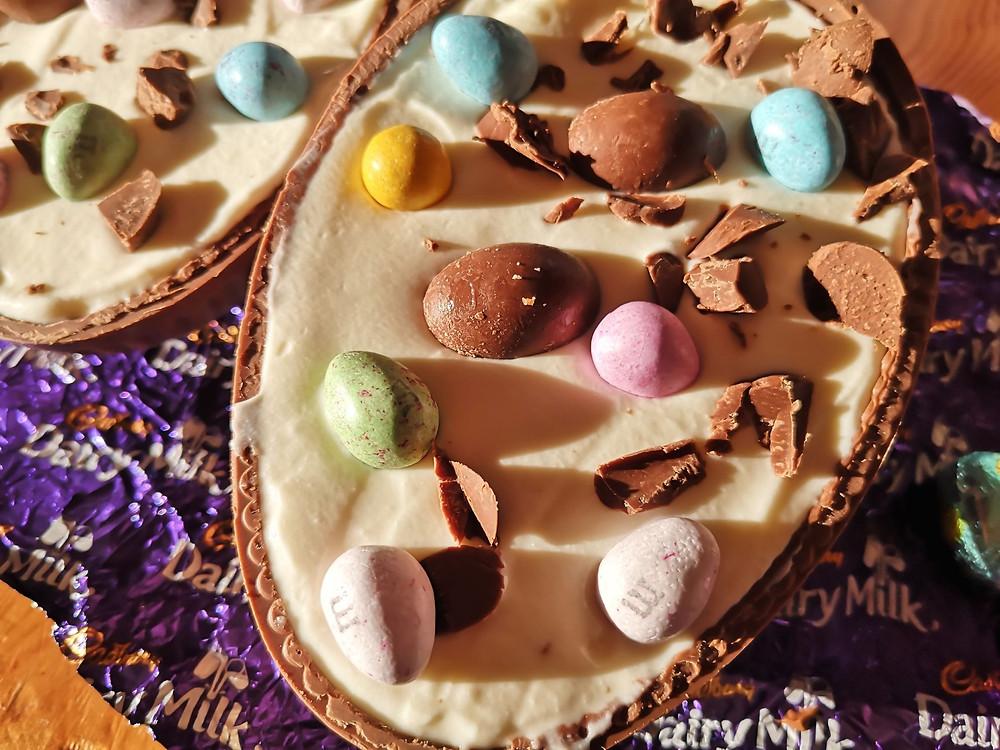 No Bake Easter Egg Vanilla Cheesecake