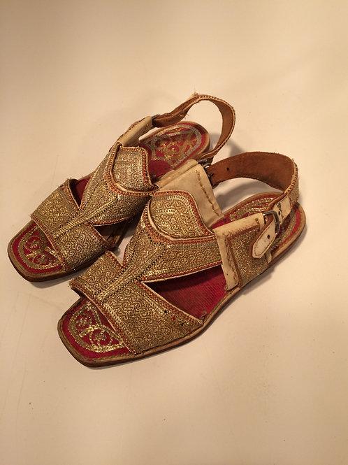 1930's sandals ?