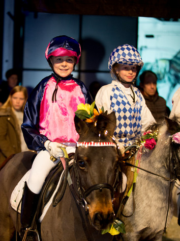 Girls on ponies at The Hunt 2017