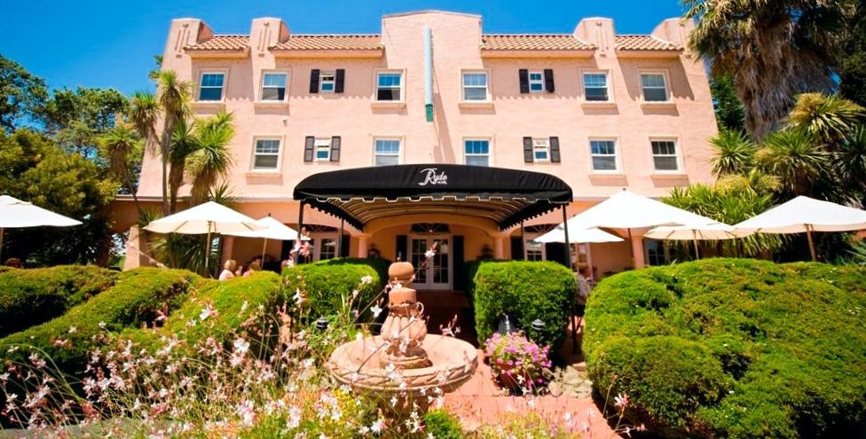 Ryde-Hotel-Venue-Vixens_edited.png