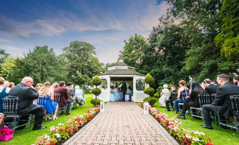 Thornton Hall Wedding Photographer___5.j