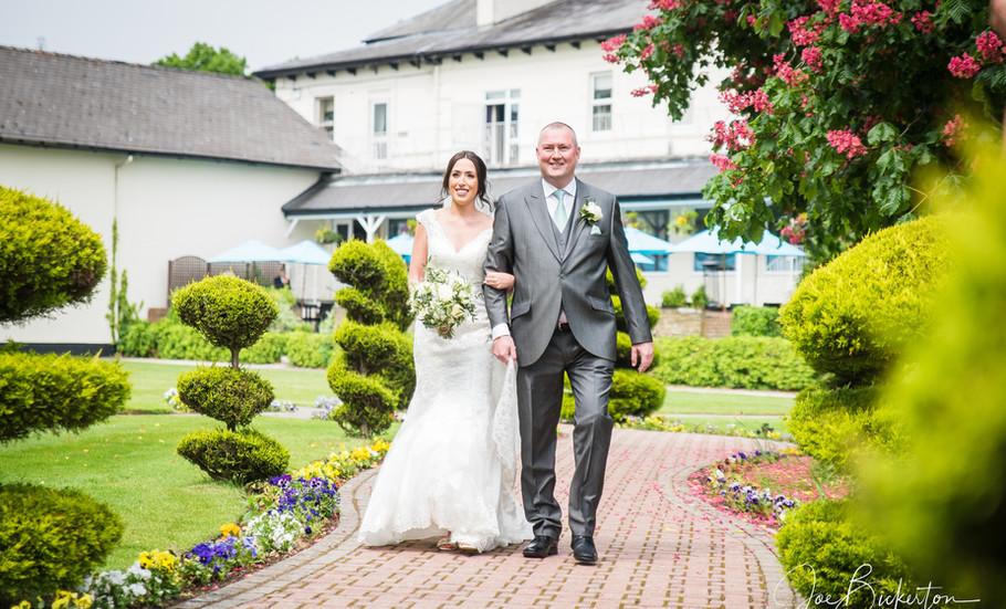 Thornton Hall Wedding Photographer___38.