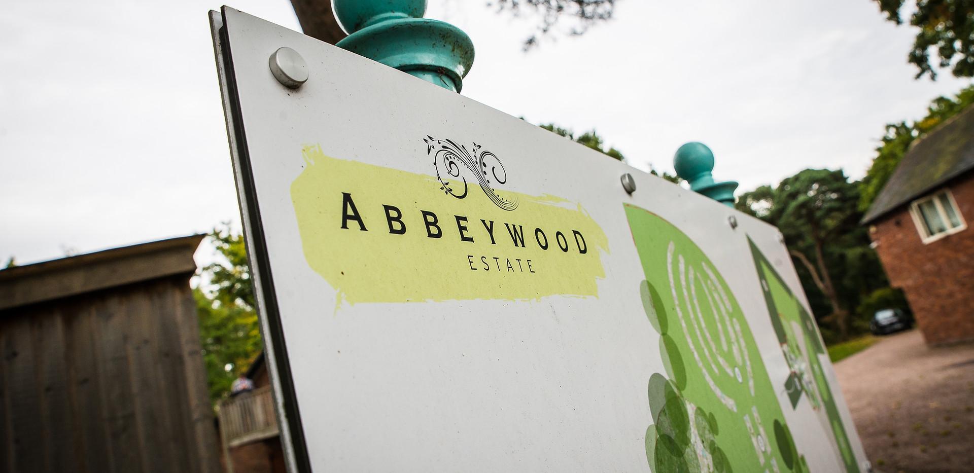 Abbeywood Wedding Photographer_1.jpg