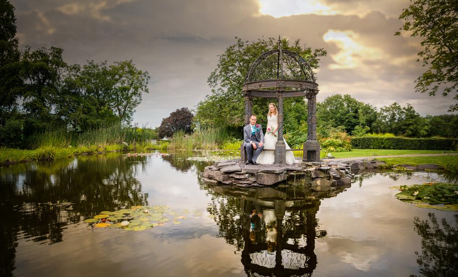Thornton Hall Wedding Photographer___14.