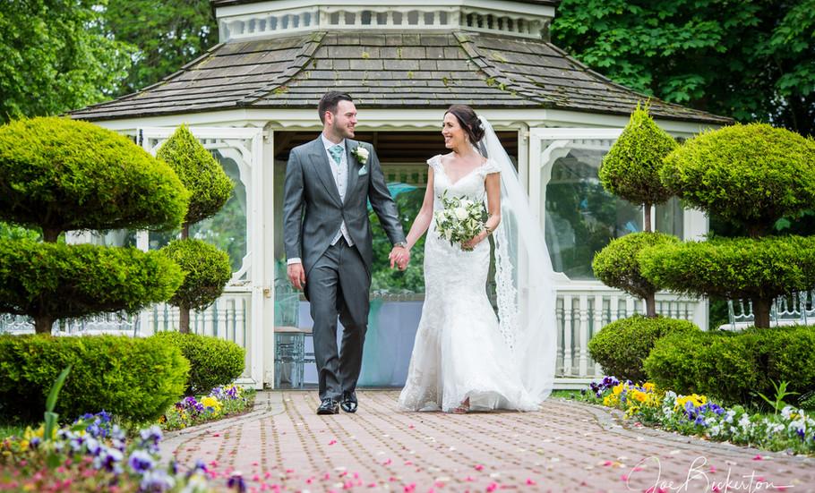 Thornton Hall Wedding Photographer___59.