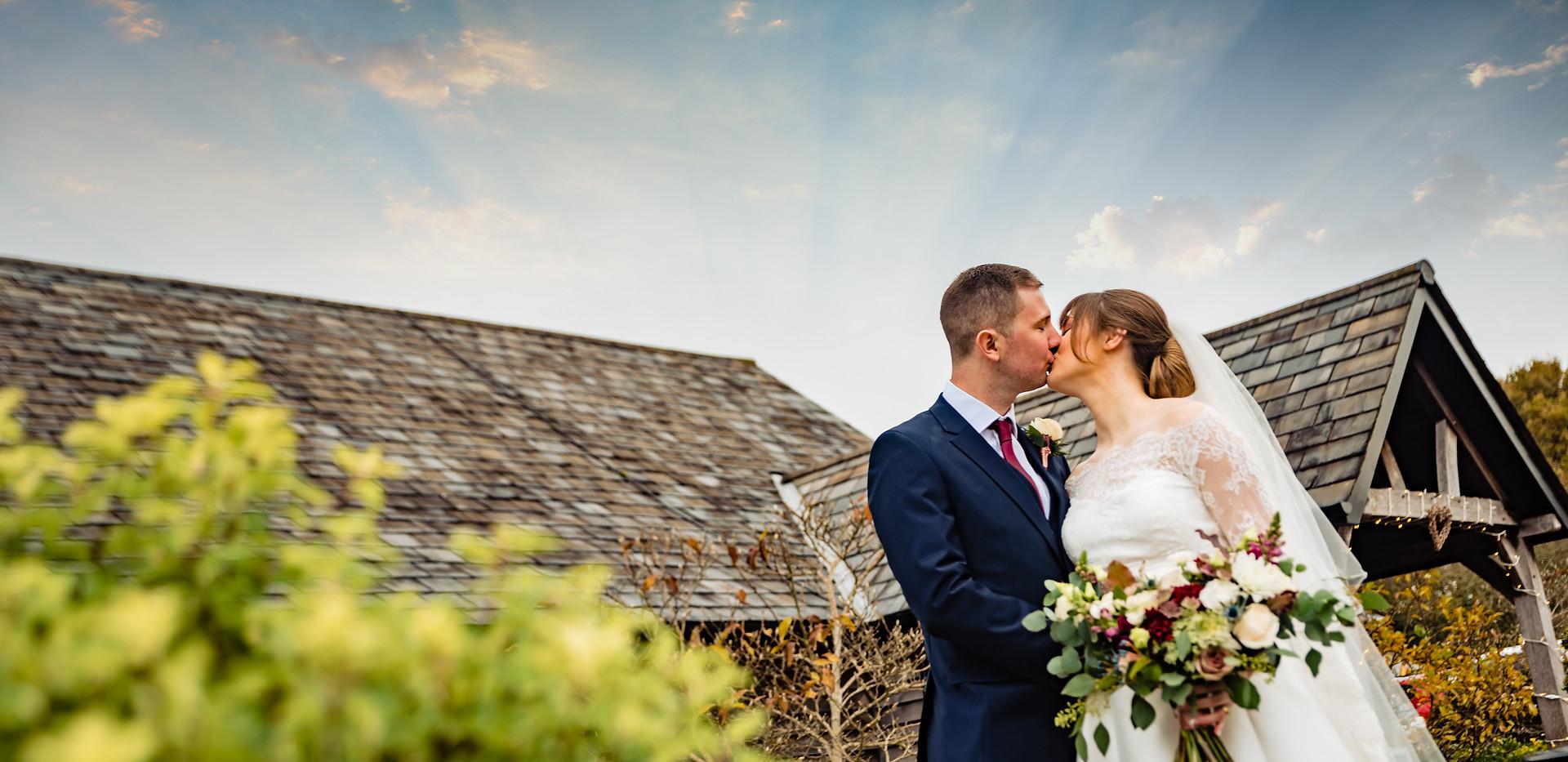 Sandhole Oak Barn Wedding Photography___