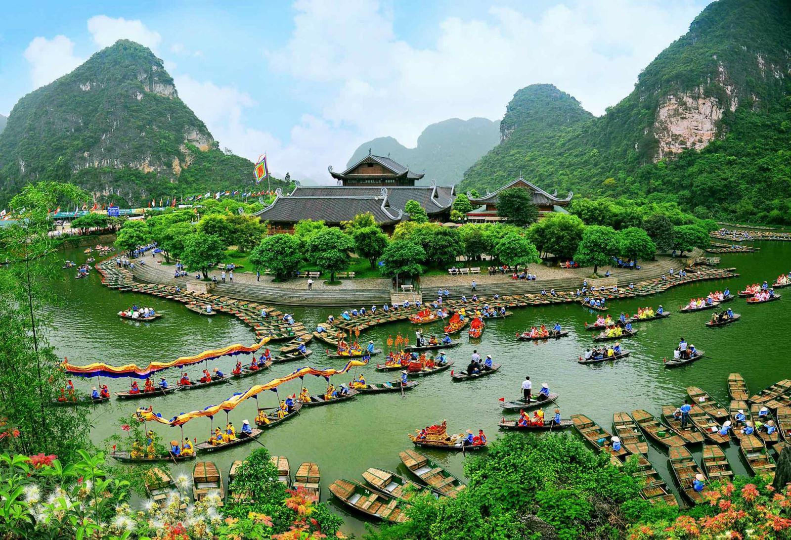 Bai Dinh -Trang An - Mua Cave 1 day