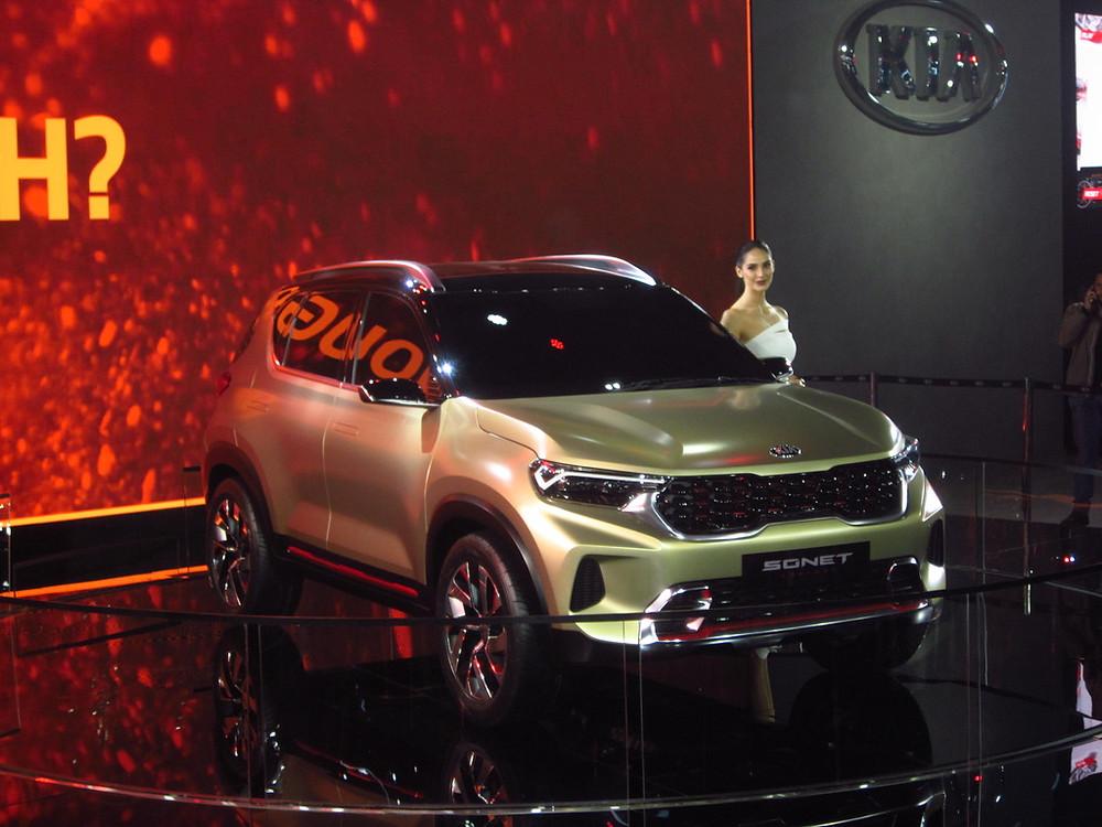 2020 Kia Sonet Front Auto Expo