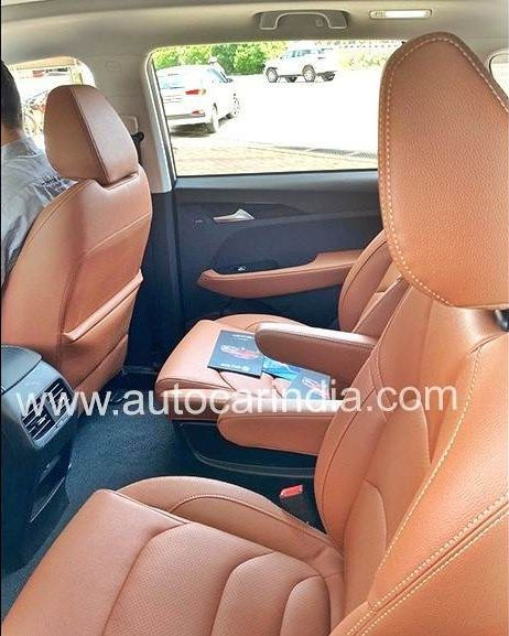 2020 Hector Plus Spotted - Seats
