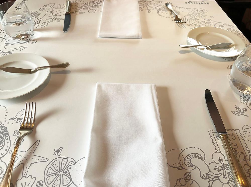 熱海市清水町フレンチビストロソレイアードのテーブルセット