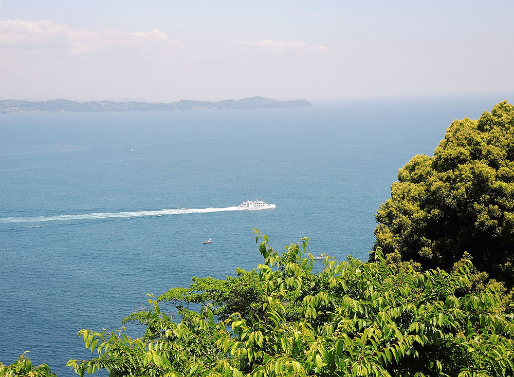 初島行きの船 熱海別荘不動産Irodoriいろどり