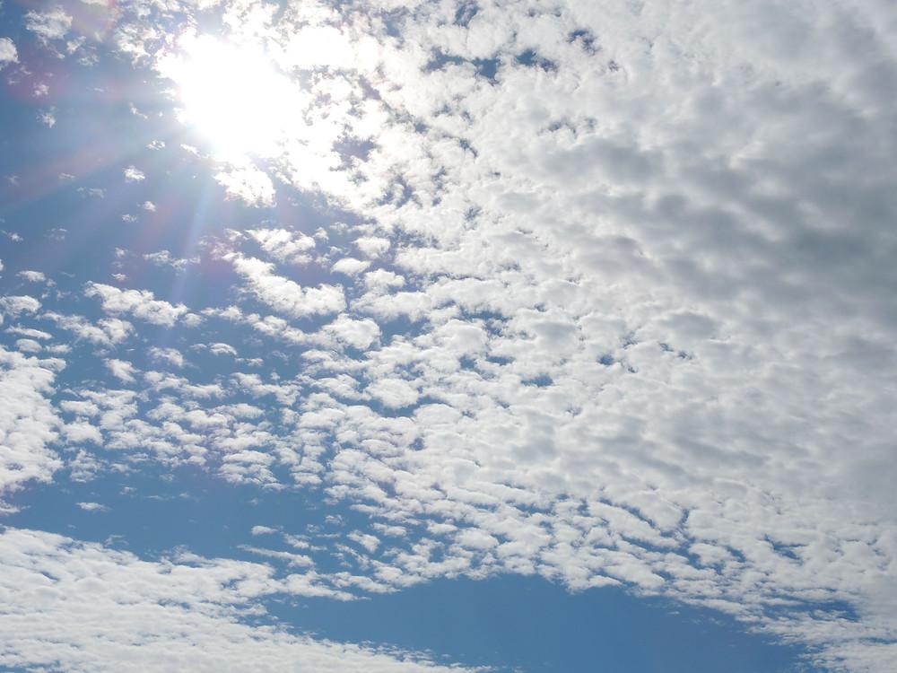 熱海で見る秋の空