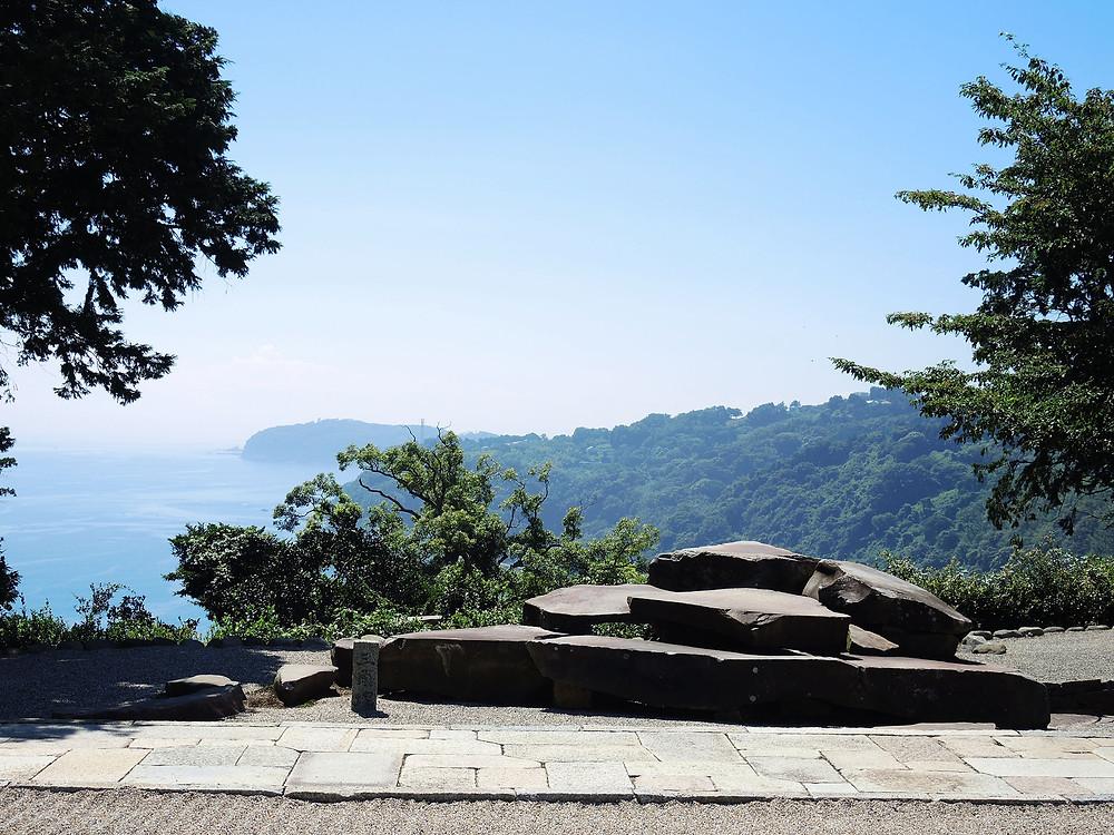 江之浦測候所の三角塚