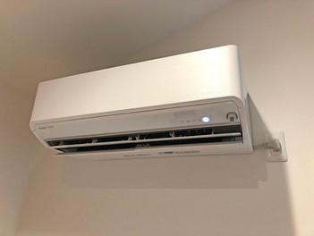 夏本番前のエアコン掃除と交換工事