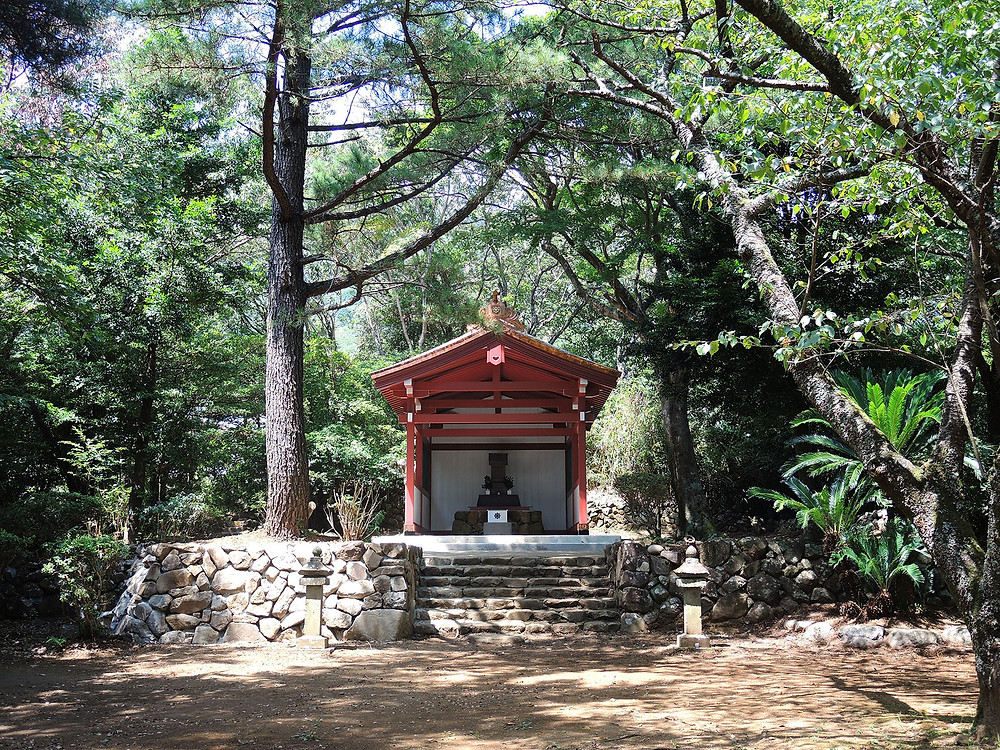 伊豆山神社本宮社