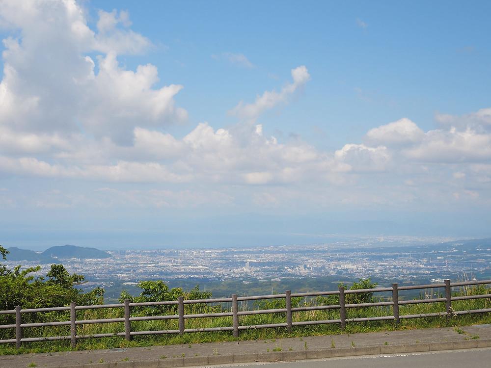 十国峠から望む三島・沼津の街
