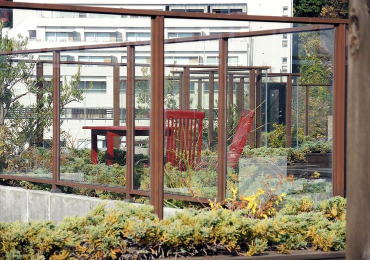 アデニウム熱海翠光園共用部9階エアサイドテラスの様子